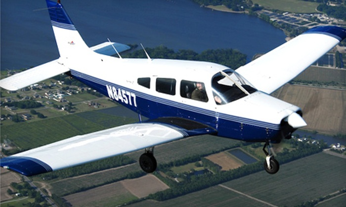 Acadian Aviation Pilot Training Center - Lafayette: $99 for Introductory Flight Lesson from Acadian Aviation Pilot Training Center ($230 Value)