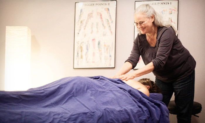 Active Life Healing Center - South Austin : $60 for a Massage with Chiropractic Stress Analysis at Active Life Healing Center (Up to $362.50 Value)