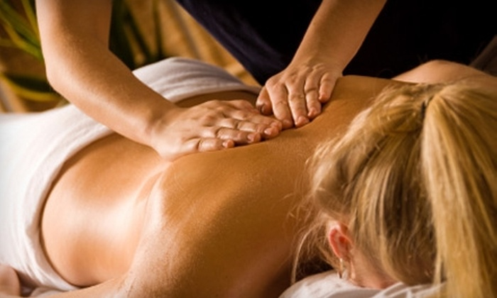Kingwood Family Chiropractic - Kingwood: $50 for Three Spinal Decompressions ($375 Value) or $32 for a One-Hour Deep-Tissue Massage ($65 Value) at Kingwood Family Chiropractic
