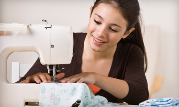 Sew Unique by Jackie - Granger: $79 for Eight Sewing Classes and $25 Toward Fabric at Sew Unique by Jackie in Granger ($160 Value)