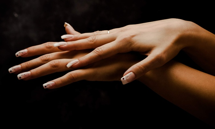 Pretty Nails and Spa in - Chicago, IL | Groupon