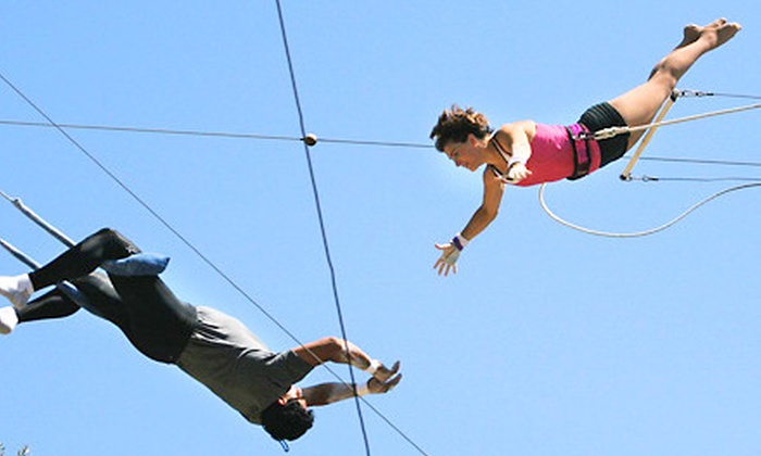 Richie Gaona Flying Trapeze - Woodland Hills: $42 for a Trapeze Class at Richie Gaona Flying Trapeze in Woodland Hills ($85 Value)