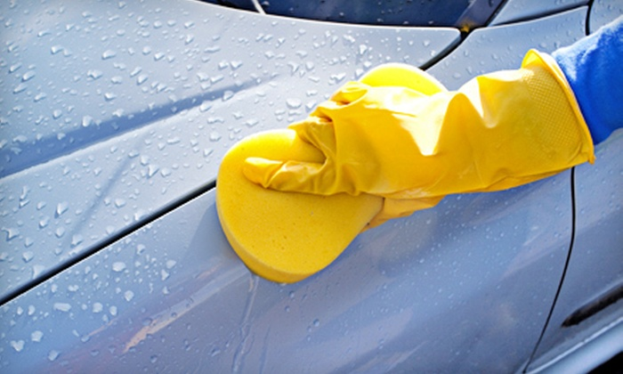 Grease Lightning - Multiple Locations: $59 for an Interior and Exterior Auto Detail at Grease Lightning ($159 Value)