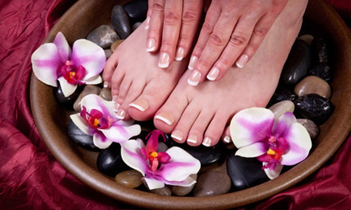 Polished Nail Bar - Lower East Side: Shellac Manicure or Signature or Express Mani-Pedi at Polished Nail Bar (Up to 52% Off)