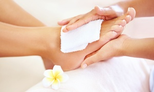 LaChristine: 60 Min. Fußpflege mit Fußbad und Fußmassage, opt. Paraffinbad, für 1 Person bei LaChristine (bis zu 51% sparen*)