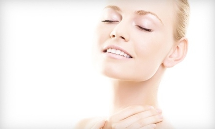 Gold Coast Plastic Surgery & Laser Center - Greenwich: $25 for a Custom Facial at Gold Coast Plastic Surgery & Laser Center in Greenwich ($50 Value)