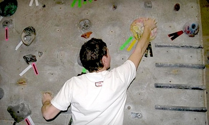 Peaks Indoor Rock Climbing - Grantham: $39 for an Indoor Rock-Climbing Beginner Lesson and One-Month Membership at Peaks Indoor Rock Climbing (Up to $105 Value)
