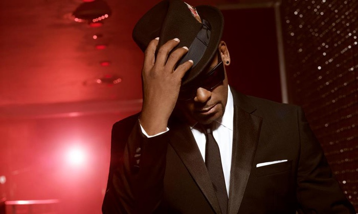 R. Kelly New Years Eve Countdown with the King - University: $99 to See R. Kelly New Year's Eve Countdown with the King on December 31 at 9 p.m. (Up to $143.50 Value)