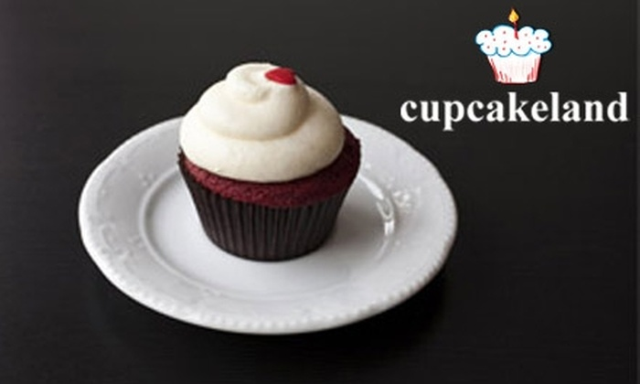Cupcakeland - Williamsburg: $6 for Six Cupcakes from Cupcakeland ($12.50 Value)