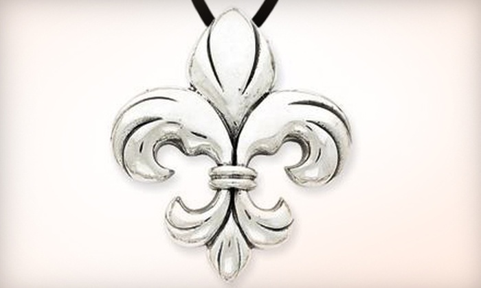 Silver Moon Jewelry - Springlake, University Terrace: $15 for $30 Worth of Jewelry at Silver Moon Jewelry