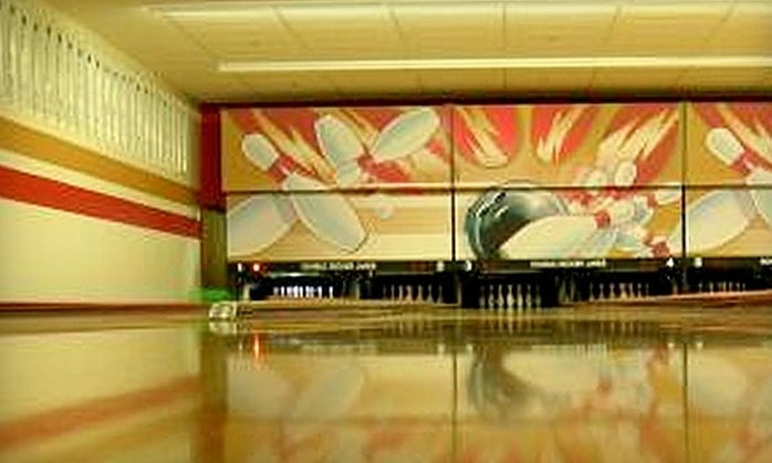 Double Decker Lanes - Rohnert Park: $39 for Two Hours of Bowling for up to Six, a Large Pizza, and a Pitcher of Soda Monday through Thursday Night at Double Decker Lanes ($87 Value)