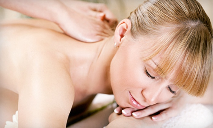 OolaMoola - Multiple Locations: $25 for a 1-Hour Relaxation Massage at a Certified Clinic from OolaMoola ($90 Value).