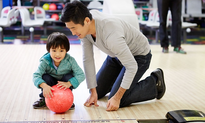 Hi-Line Lanes - Burien Lake View: $29 for Two Games of Bowling and Pizza for Four at Hiline Lanes (Up to $64 Value)