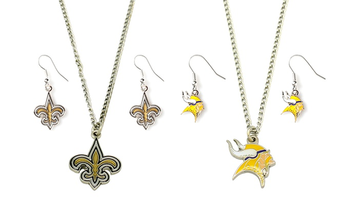 NFL Necklace and Earrings Set: NFL Necklace and Earrings Set