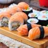 Bandeja de sushi para llevar