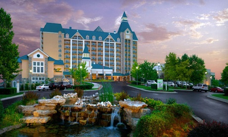 4-Star Resort Overlooking Table Rock Lake