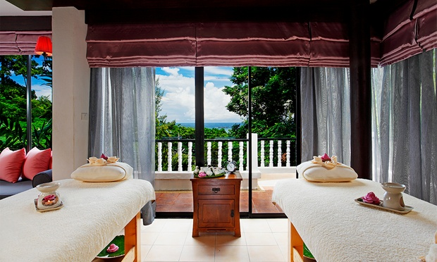 Phuket: 4* Aquamarine Resort 6