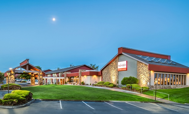 TripAlertz wants you to check out Stay with Daily Food and Drink Credit at Red Lion Hotel Kennewick in Kennewick, WA. Dates into September. Washington Hotel Near Oregon Border - Washington Hotel Near Shopping