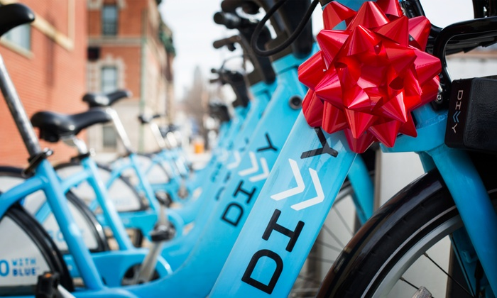 Divvy Bikes - Chicago: Three 24-Hour Bike-Share Day Passes to Divvy (40% Off)