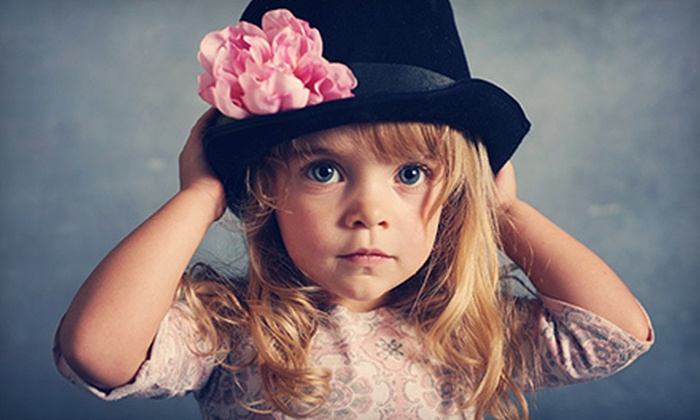 Schaumburg Photography - North Lawrence: $95 for a 30-Minute Photo Shoot with DVD Slideshow from Schaumburg Photography ($265 Value)