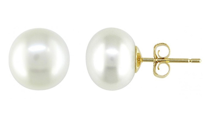Freshwater Pearl Studs in 14K Solid Gold: Freshwater Pearl Studs in 14K Solid Gold