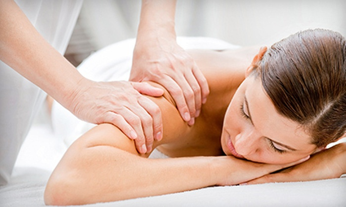 Acadian Chiropractic - Metairie: $37 for a 60-Minute Swedish or Deep-Tissue Massage and Pain Evaluation at Acadian Chiropractic ($75 Value)