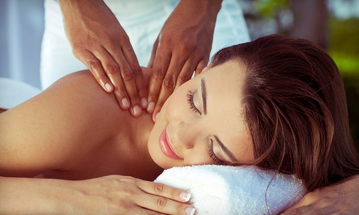 New Health Centers - Multiple Locations: $29 for a Pain Consult and Evaluation and One-Hour Massage at New Health Centers ($164 Value). Two Locations Available.