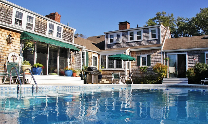 Cape Cod's Lamb and Lion Inn in Barnstable, MA | Groupon ...