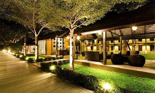 Thailand: Twin Hotel Stay+Flights 5