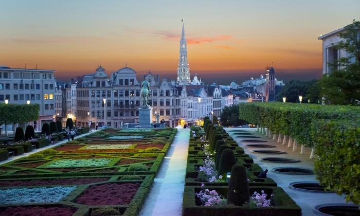 Hotel 5 bruxelles groupon getaways for Hotel romantique belgique