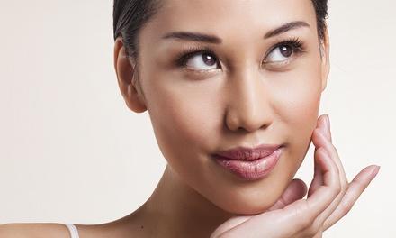 Microblading zur Härchenzeichnung für die Augenbrauen u. optional Nachbehandlung im Club 21 forever (bis zu 71% sparen*)