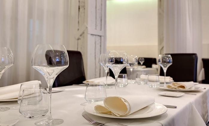 Menú degustación para dos personas con entrantes, principales, postres y maridaje desde 39,95 € en Restaurante Bolívar