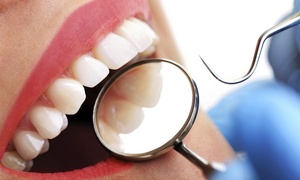 Alexandra Road Dental Practice: Zoom Nite Teeth Whitening Kit from Alexandra Road Dental Practice (66% Off)