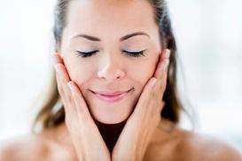L'ELISIR DELLA BELLEZZA: 3 o 5 pulizie del viso con trattamento ad alta frequenza da L'Elisir della Bellezza (sconto fino a 81%)