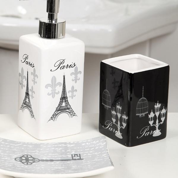Paris Themed Bathroom Decor Set 18