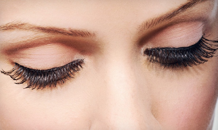 VickyC5 - Chelsea: Classic or Deluxe Eyelash Extensions at VickyC5 (63% Off)