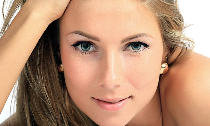 Effervescent Spa - Omaha: $22 for One 30-Minute Custom Express Facial at Effervescent Spa ($45 Value)