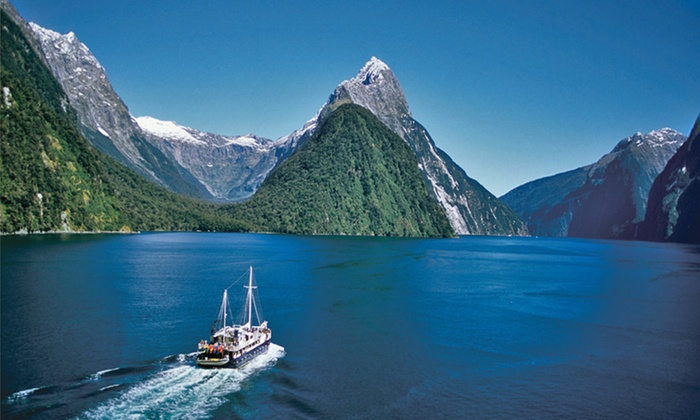 9-Night New Zealand and Fiji Vacation with Airfare: 9-Night Vacation in New Zealand and Fiji with Airfare and Hotels from Pacific Holidays