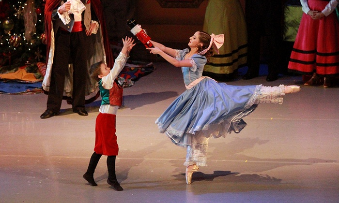 """""""The Nutcracker"""" - Lake Zurich Performing Arts Center: Illinois Youth Dance Theatre, Inc. Presents: """"The Nutcracker"""" on December 17–19"""