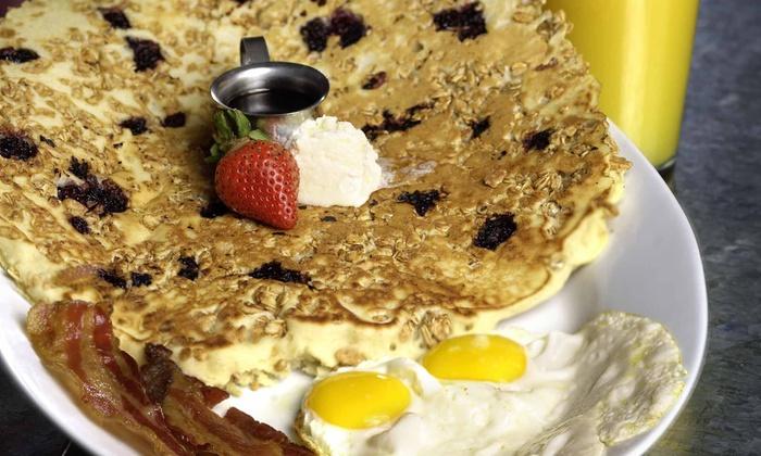 Hash House A Go Go - Florida Center: $15 for $30 Worth of Farm-Style Breakfast, Lunch, or Brunch at Hash House A Go Go