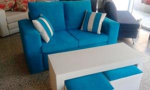 New Living: $500 por 50% de descuento en sofá 2 cuerpos con mesa puente + 2 cubos +2 almohadillas chicas en New Living