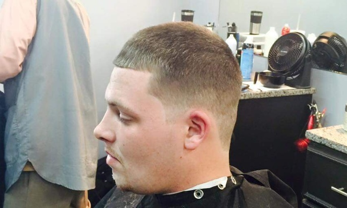 Platinum Cuts Ii Barbershop - Charlotte: A Men's Haircut with Shampoo and Style from Platinum Cuts II Barber Shop