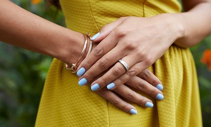 Up to 42% Off Manicures from Taylor Levine at Salon Noelle