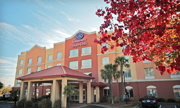null - Columbia: Stay at Comfort Suites at Harbison in Columbia, SC