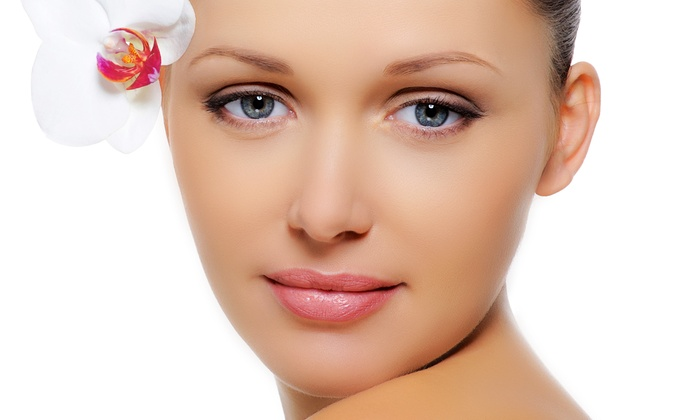 Derma Clinic of Naples - Naples: $85 for a Microdermabrasion Treatment with an Oxygen Treatment at Derma Clinic of Naples ($175 Value)