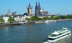 """KÖLNTOURIST Personenschiffahrt am Dom: Panoramarundfahrt """"Frühlingserwachen"""" für zwei Personen bei Kölntourist Personenschiffahrt am Dom (50% sparen*)"""