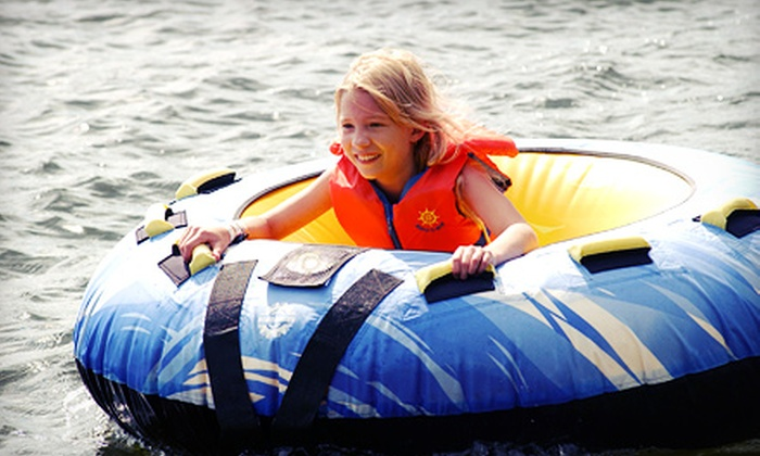 Boomerang Boat Club - Hickory Creek: Five-Hour Ski-Boat or Pontoon/Deck-Boat Rental from Boomerang Boat Club (Up to 60% Off)