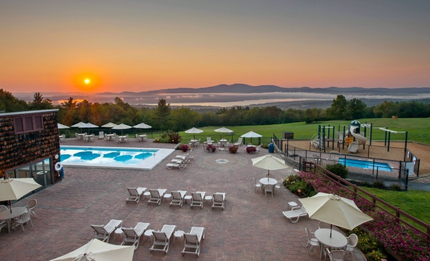 Steele Hill Resorts - Sanbornton, NH: Stay at Steele Hill Resorts in New Hampshire's Lakes Region, with Dates into November
