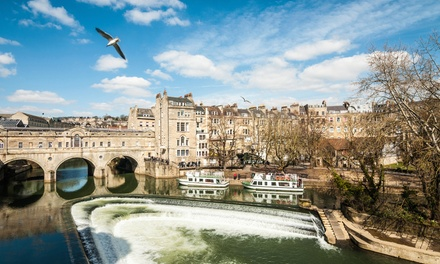 Bath: 1 Night for Two with Breakfast, Prosecco, Champagne Truffles and Late CheckOut at the 4* Brooks Guesthouse Bath