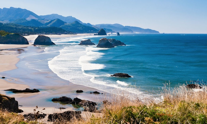 Sandy Cove Inn - Seaside, OR: 2-Night Stay for Up to Five at Sandy Cove Inn in Seaside, OR